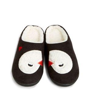 Vera Bradley Cozy Slippers Playful Penguins
